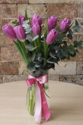 Black Box in 3 pieces and 10 pieces you love to Casablanca with Red Rose Arrangement Best Surprise You Can.