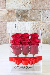 Best way to reach the hearts of your loved ones are flowers. S designs on ceramic stylish design make them happy with the arrangement.