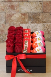 What do you say to send him the most special of the surprises with 10 red roses, surprise eggs and nutella in the box.