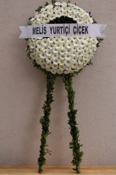 White flowers Wreath 